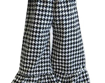 Houndstooth Ruffle Pants - Girls Ruffle Pants, Ruffle Shorts, Boutique Pants, Ruffle Pants Outfit, Birthday Outfit, Girls Fall Clothes, Bama