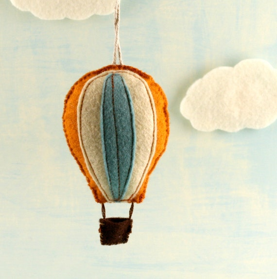 hot air balloon felted ornament