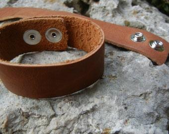 1.25 inch Wide Leather Cuff - Wristband - 1.25 Inch Wide Genuine SADDLE BROWN Leather Cuff Bracelet -  Cuff Blank - DIY Jewelry Supply