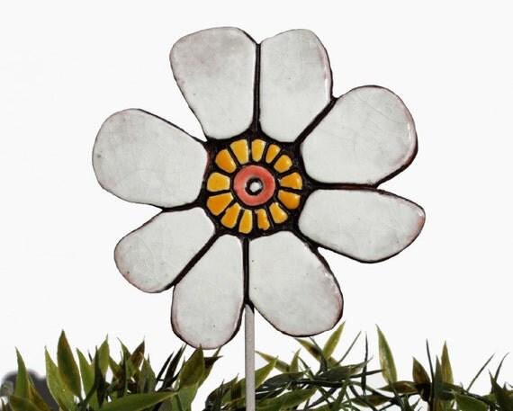 Flower garden art - plant stake - garden marker - garden decor - flower ornament - ceramic flower - buttercup - white