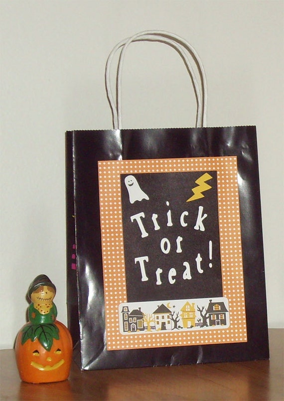 Trick or Treat Gift Bag - Trick or Treat Bag - Halloween Gift Bag - Halloween Bag - Trick or Treat - Black Gift Bag - Halloween