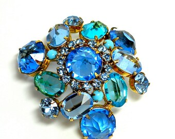 Vintage Schreiner Brooch Blue Rhinestone New York Designer Domed 1950s
