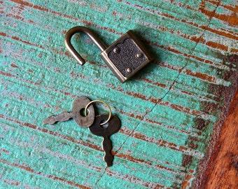 Antique Gold Lock and Key Padlock Box Lock with Keys Antique Bronze Gold Lock and Key Vintage Look