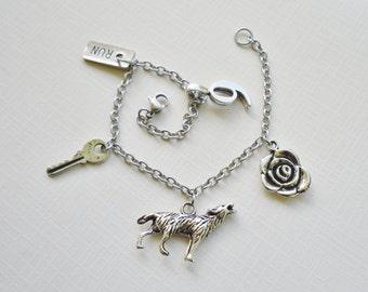 Bad Wolf / 9 & Rose - Charm Bracelet - No Color