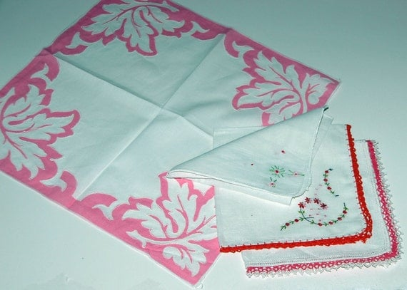 4 Vintage HANDKERCHIEFS, PINK to CRANBERRY Colors On White Linen, Hand Crochet n Embroidery Assorted 1940s/50s Exc. Condition