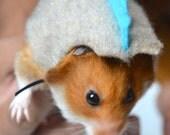 Hamster dinosaur costume. Small animal & pet costumes by la Marmota Café.