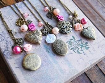 Precious keepsakes - a vintage wedding or bridesmaid locket necklace gift set - FREE SHIPPING