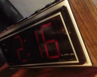 Vintage 70s Spartus model 1099 Digital Alarm Clock w/ large LED display