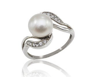 pearl engagement ring unique pearl ring pearl and
