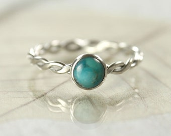 Sterling Silver and Turquoise - Hammered Twist Ring - 6mm Gemstone