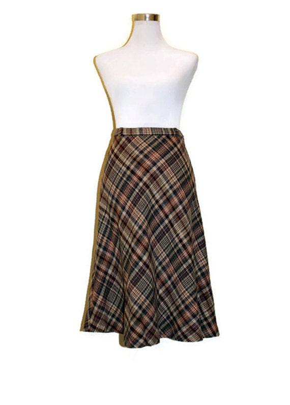 high waisted wool skirt 1970s tab button tartan mid