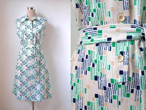 1970's dress / Green and white dress / Sleeveless shirt dress / 70's belted dress