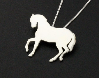 sterling silver Horse necklace comes with sterling silver Box chain