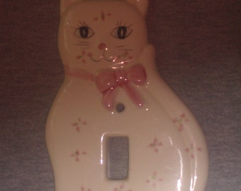 Vintage Porcelain KITTEN Switchplate