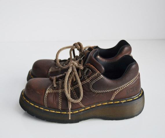 Vintage Brown Dr Martens Oxford Shoe Size 7 Womens 90s Grunge