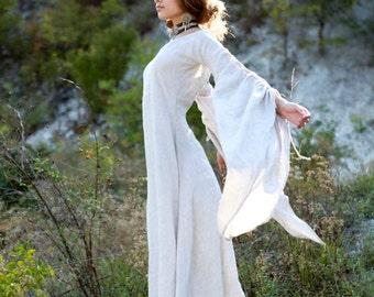 "DISCOUNTED PRICE! Medieval Renaissance Linen Chemise ""Archeress"""