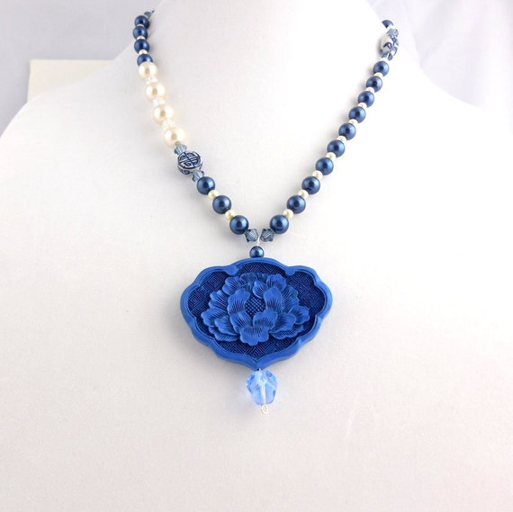 Blue Iris Carved Pendant Necklace, Pearl Pendant Necklace,  Beadwork Necklace, Statement Necklace, Beaded Jewelry, Women's Jewelry