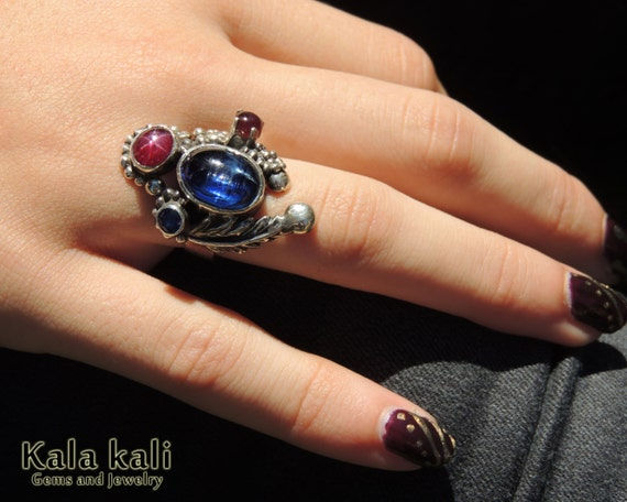 Royal Blue Kyanite and Perfect Pigeon red Star Ruby in Sterling silver Pixie Ring 6 3/4USA  17mm
