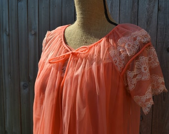 Vintage Nectarine Nightgown and Cover M/L