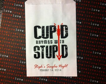 Anti-Valentine's Day Party Favor Bags: 20 Cupid Rhymes with Stupid Personalized Party Bags