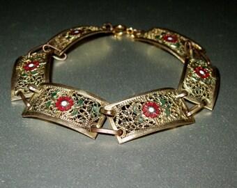Exquisite Vintage Gold Plated Signed Filigree Enamel Floral Panel Link Bracelet