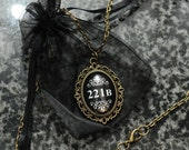 Sherlock 221B necklace – bronze tone cameo – Sherlocked fandom cosplay jewellery / jewelry