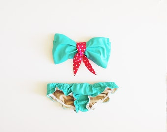 Turquoise Green Sea Foam Cotton Swimsuit sytle Bikini Ruffle panties. Pink Polka Dot trim Bow Bandeau Sunsuit.Diva Halter neck top pin up