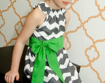 Custom Boutique Dress- Girls Boutique Dress- Nelle Dress- Size 6/7 yr- thedottedduck
