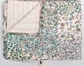 Patchwork Kantha Quilt Queen Size, Kantha Throw Blanket, Floral Kantha Bedspread, Patchwork quilt, Queen Kantha Blanket, Indian Sari Quilt