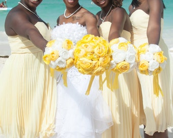 Yellow white bouquet, Yellow Ranunculus, White Ranunculus, Yellow Bouquet, White Yellow wedding, Yellow Boutonniere, Yellow Kissing Ball