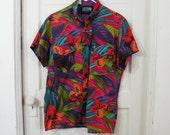 Vibrant Multi Color Rainbow Vintage Short Sleeve Shirt Men Sz Medium
