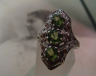 Pretty Sterling Silver Filigree Peridot & Opal  Ring  Size 5 3/4