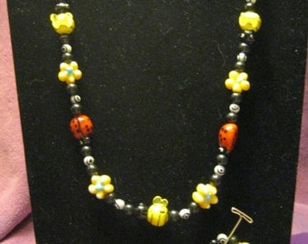 LADYBUGS   BEES   and   FLOWERS  Jewelry Set