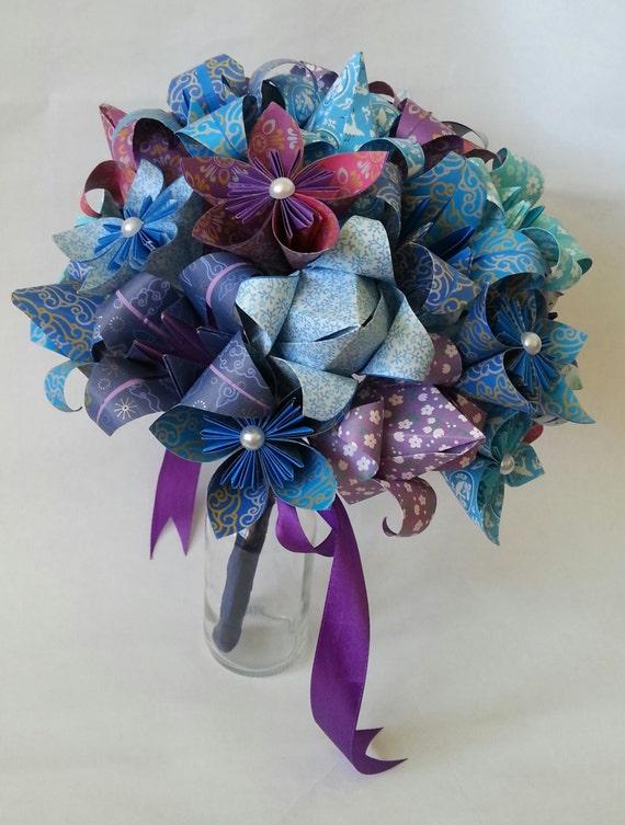 faire un bouquet de fleurs en origami. Black Bedroom Furniture Sets. Home Design Ideas