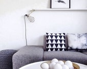 Black and White Triangle Throw Pillowcase