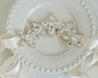 Wedding Sash, Rhinestone Wedding Sash, Beaded Wedding Sash, Pearl Wedding Sash, Rhinestone Sash, Rhinestone Belt, Beaded Belt, Wedding Belt