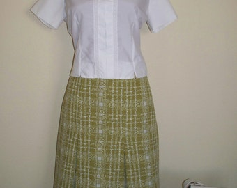 SALE Now 18.50 Bewitched Vintage 60's  Lime Green and White Inverted Pleated Metal Zipper Lovely Skirt Sz M / L