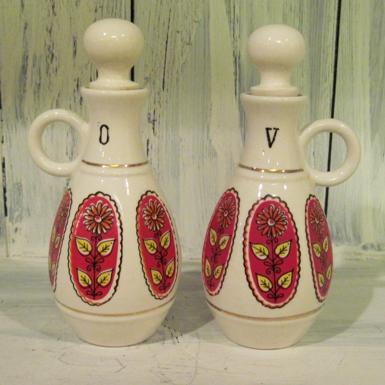 vintage porcelain oil and vinegar bottle set oil vinegar set. Black Bedroom Furniture Sets. Home Design Ideas