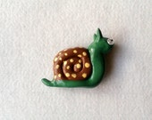 Snail fridge magnet, Brown, Green, Yellow, polka dots, Gift Ideas, Sewheartfeltshop, Gadgets, magnetic, Garden Creatures