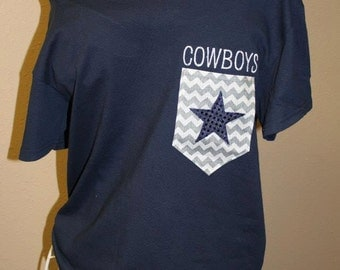 Dallas Cowboys Pocket Off-the-Shoulder Shirt Chevron