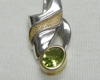 Vintage Sterling Silver Pendant with Gold Tone Band and Faux Peridot