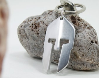 Spartan Helmet keychain - Aluminum Hand made Keychain  - Spartan armor - 300 Spartan - casco espartano - casque grecque - Greek Mythology