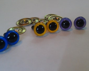Three pairs of 9 mm hand-painted safety eyes