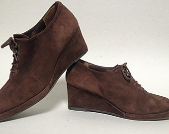 WEDGE HEEL Shoes in brown suede - Size 5.5 (US)