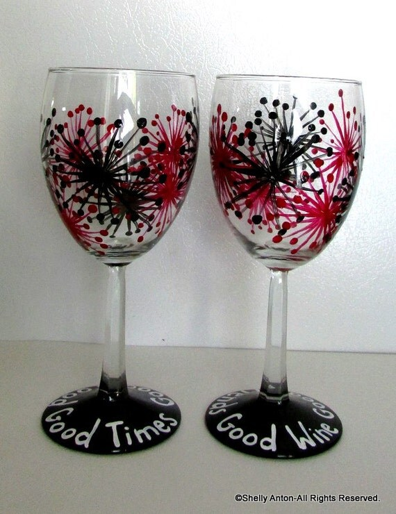 Hand painted wine glasses christmas gift for wine lover red for Hand painted wine glasses
