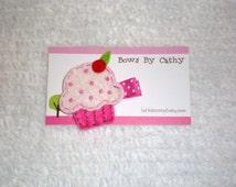 Cupcake Felt Hair Clip - Pink Felt Cupcake Hair Clip - Birthday Hair Clip - Cupcake Party Favor