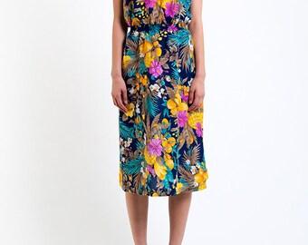 The Strapless Hawaiian Summer Dress
