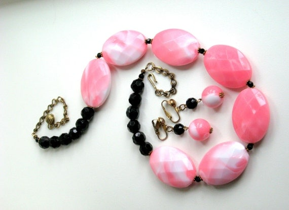 60s Clip Earrings Necklace Set * Pink Black Faceted Beads * 1960 Costume Jewelry