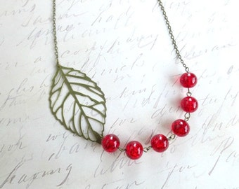 Red bib leaf necklace-Red bib necklace- Beaded necklace-Unique bib necklace- Statement necklace- Vintage style necklace-Bridesmaid