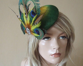 "Emerald Green & Yellow Peacock Feathers Crystal Ombre Button Fascinator ""Georgene"" MN180 Hat for the Races Royal Ascot Derby Hatinator"